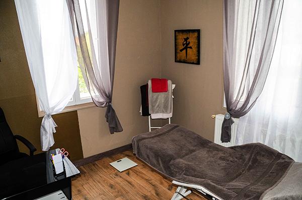 Nos cabines de consultations de notre centre de Luxopunture au 40 rue Gaston Baril à Rochefort sur Mer